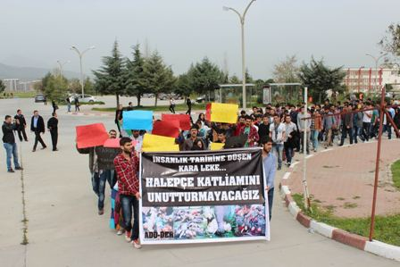 katliamlar protesto ediliyor