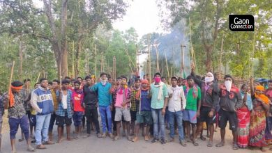 """Photo of """"Maoist"""" oldukları iddiasıyla 6 kişi tutuklandı, binlerce köylü sokağa döküldü"""