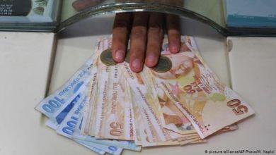 Photo of MUSTAFA SÖNMEZ | Devlet açıkları büyüyor, borçlar tırmanıyor